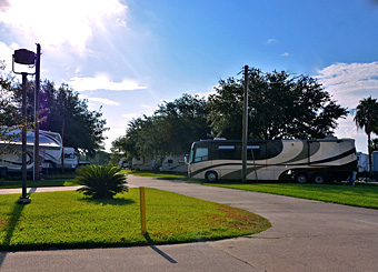 Katy Lake Rv Resort signage
